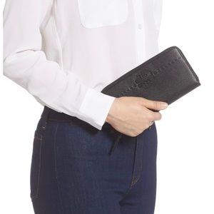 Tory Burch Black Leather Continental Zip Wallet